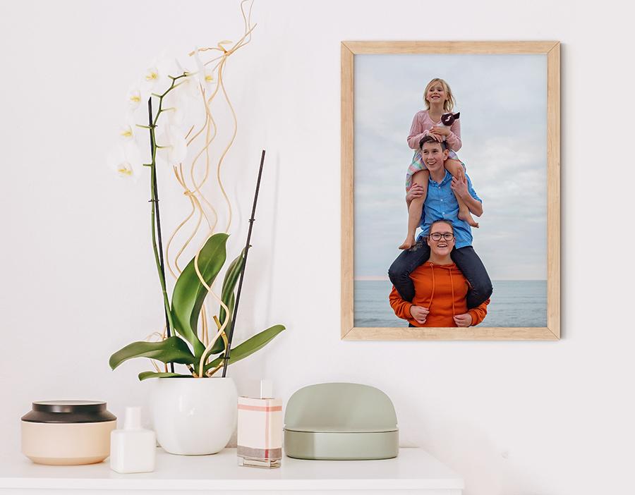 prints, porträttbild, väggprydnad, inredning, tavlor, syskonbild, inramningar, barnporträtt, porträtt på väggen, inramat porträtt